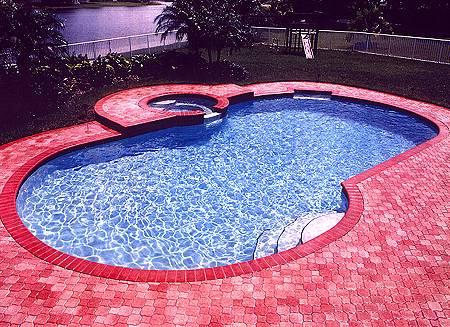ديكورات حمامات سباحة pool15.jpg