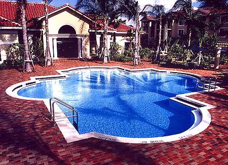 ديكورات حمامات سباحة pool16.jpg